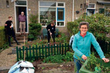 """Vier tuinen omgetoverd in ware pronkstukjes"" in Vinkhuizen"